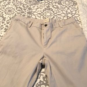 Bass Khakis like new